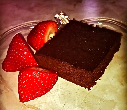 Simple, Gluten-Free, Naturally Sweetened Brownies!